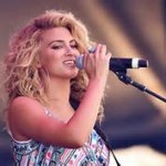 Tori Kelly — Something Beautiful перевод