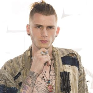 machine gun kelly фото перевод